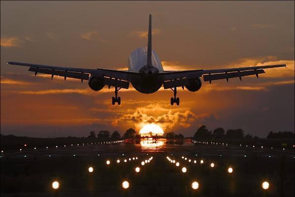 Взлётно-посадочную полосу аэропорта Ставрополя починят в 2018г