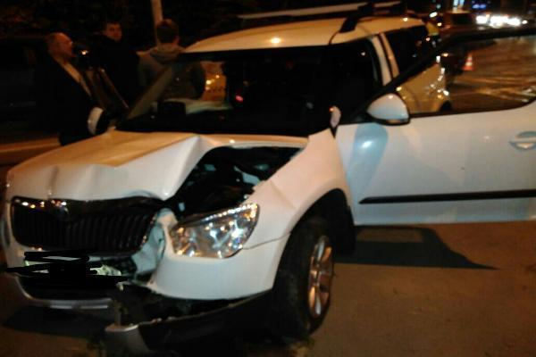 ВСтаврополе 70-летний шофёр иномарки спровоцировал «тройное» ДТП