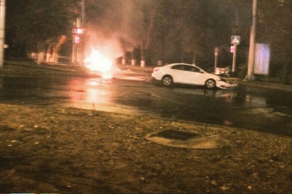 4 человека пострадали вДТП «ВАЗ-2114» и«Geely» вСтаврополе