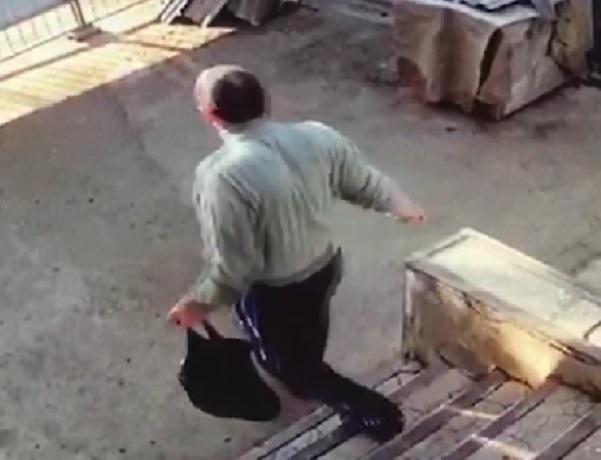 ВНевинномысске мужчина похитил ивыпил 50 литров вина