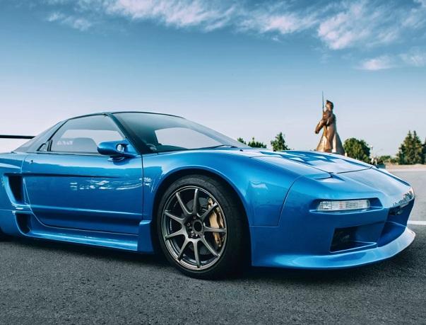 Эксклюзивный спорткар Хонда NSX продается вСтаврополе за2,75 млн руб