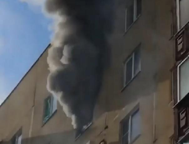 Игравший со спичками мальчик сжег чужую квартиру в Ставрополе, - очевидцы