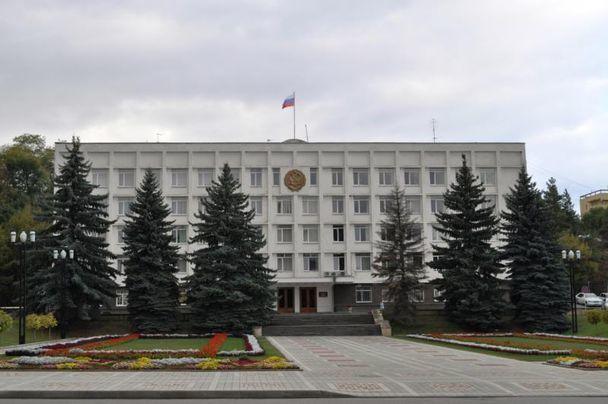 Кисловодский чиновник нелегально заключил договор наремонт дворов
