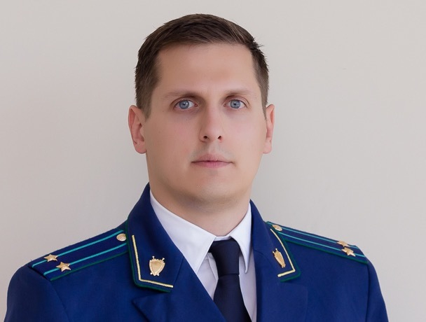 Под колесами зампрокурора Минеральных Вод погиб человек