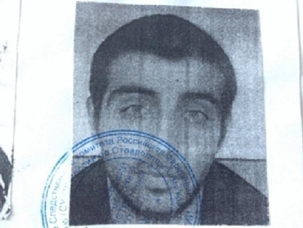 Двое пассажиров ограбили и изнасиловали женщину-водителя такси в Ставропольском крае