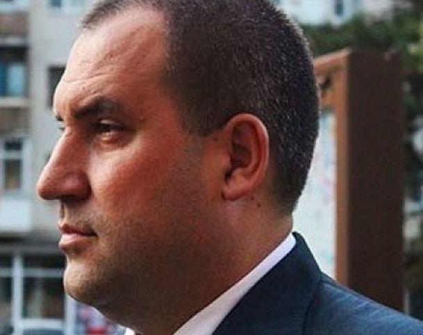 «Руки прочь от Перцева!»: депутаты думы Минвод подали в суд на прокуратуру за попытку отстранить скандального мэра