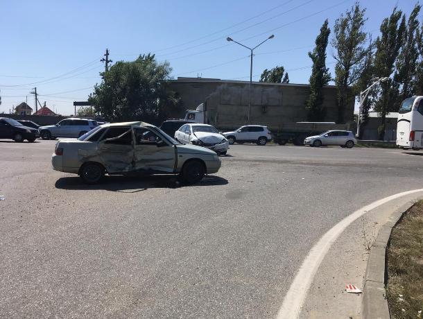 В Ставрополе в ДТП пострадало 4 человека