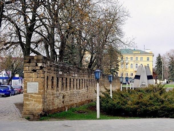 Календарь Ставрополя: сегодня 29 апреля 1975 года была заложена первая часть крепостной стены в Ставрополе