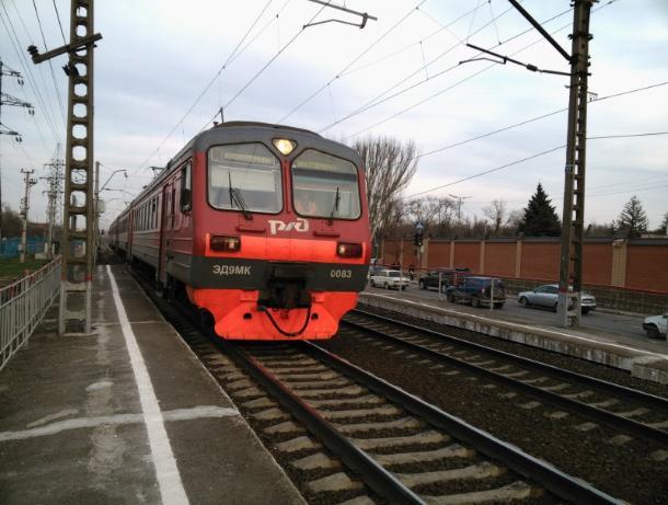 В Ессентуках поезд сбил насмерть мужчину