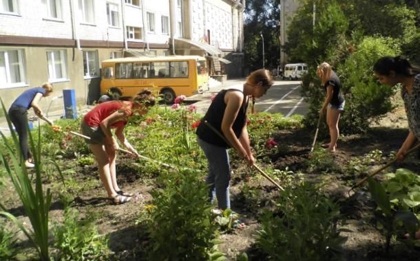 Школьники Ставрополя смогли не только отдохнуть летом, но и поработать