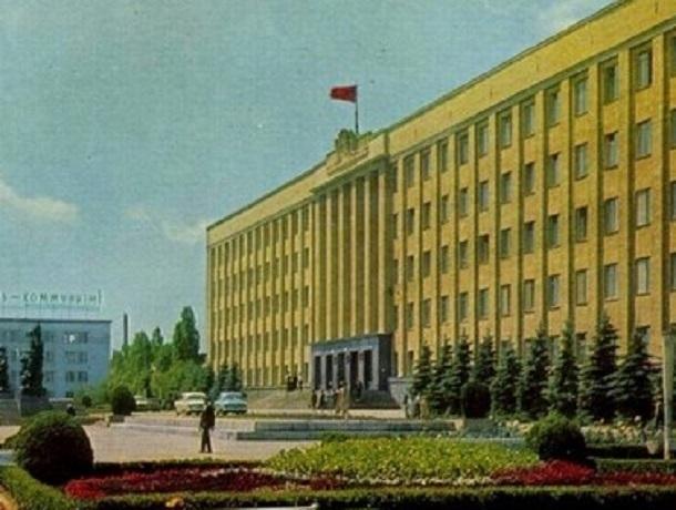 Прежде и теперь: как изменился Дом Советов, а ныне здание краевого правительства в Ставрополе