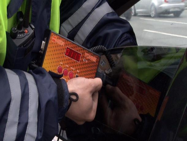 С начала года более 32 тысяч водителей на Ставрополье привлекли к ответственности за «тонировку»