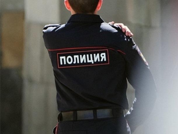 Мужчина ударил полицейского калиткой по голове на Ставрополье