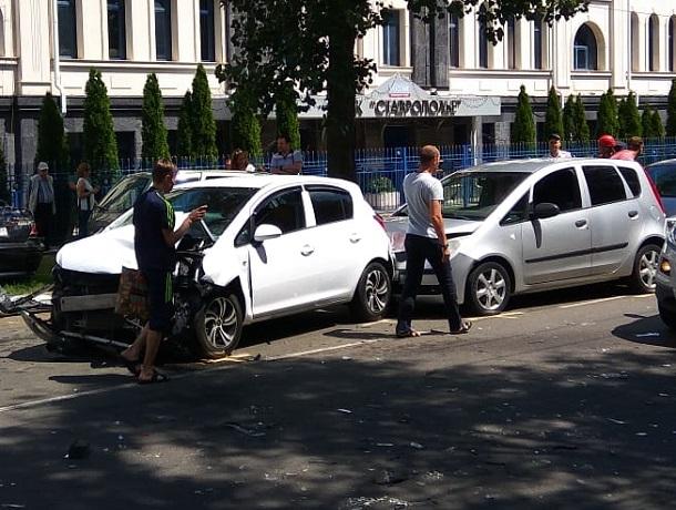 ДТП спятью автомобилями случилось вцентре Ставрополя