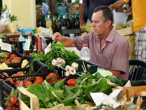 Мясо, овощи и фрукты по низким ценам предложат жителям Ставрополя в субботу на Пригородной
