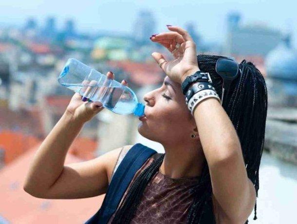 80% всей минеральной воды в магазинах страны оказалось контрафактом