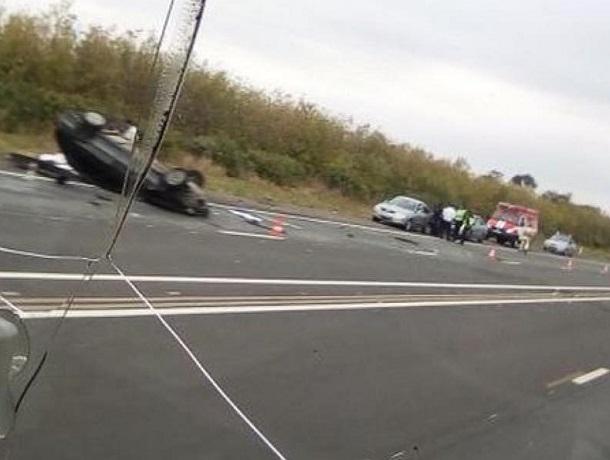 В страшной аварии на трассе Ставрополь-Пятигорск погибли люди, - очевидцы