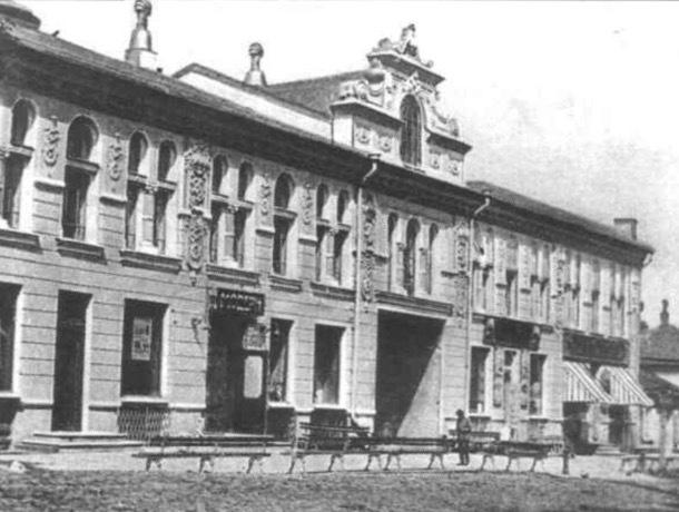 «Центр торговли и отдыха губернского города»: история Пассажа в Ставрополе