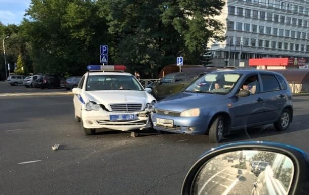 В Ставрополе произошла авария с участием сотрудников ДПС