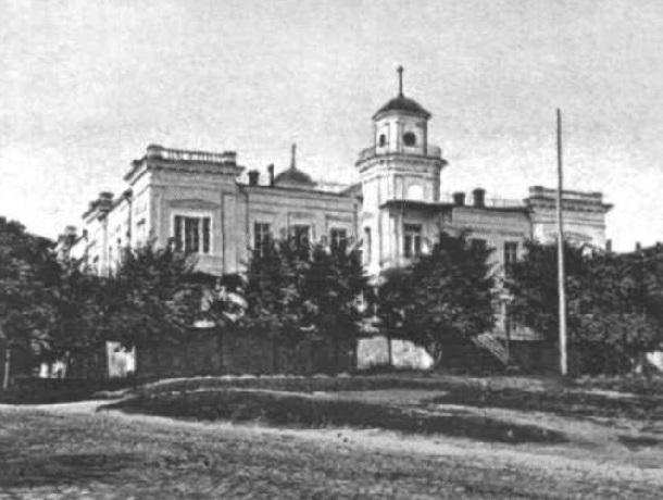 «Городская дума и уникальная перестройка»: история здания  ставропольского художественного училища