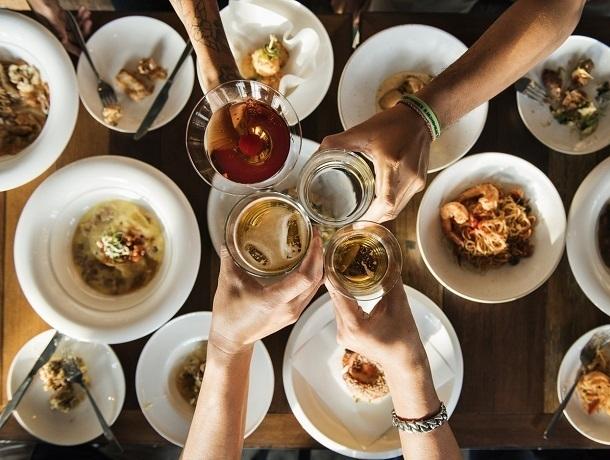 Почти половина ставропольчан прервали диету ради новогодних праздников