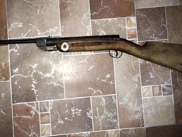 Самодельное ружьё смастерил мужчина из пневматической винтовки на Ставрополье