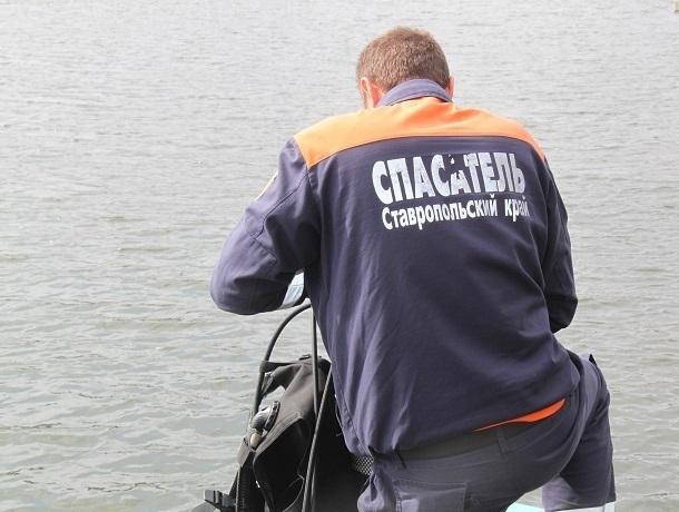 Мужчина утонул во время купания в канале на Ставрополье