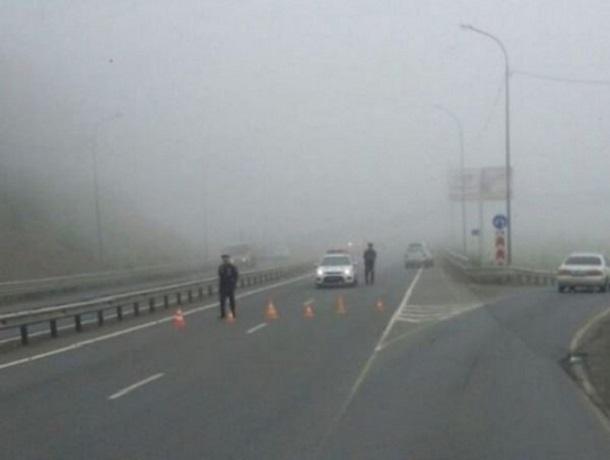 В 2-х районах Ставрополья дожди подтопили дороги. Движение ограничено