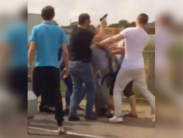 НаСтаромарьевском шоссе вСтаврополе прошла драка с стрельбой
