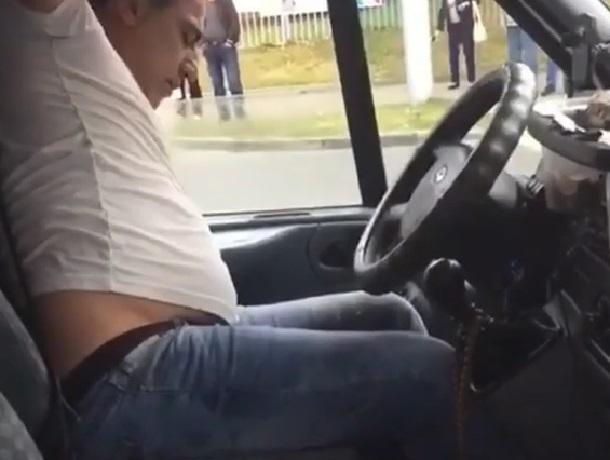 Пьяный маршрутчик возил пассажиров по Ставрополю