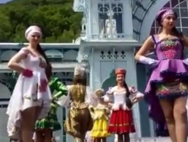 Роскошный модный показ прошел в Железноводске
