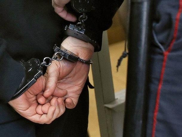 «По-родственному»: полицейский с начальником «отмазали» торговца овощами от штрафа на Ставрополье