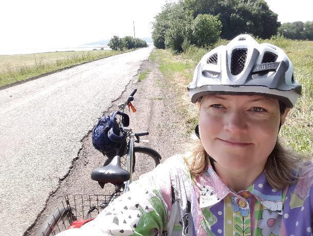 Инсулинозависимая ставропольчанка готовится покорить лед Байкала на велосипеде