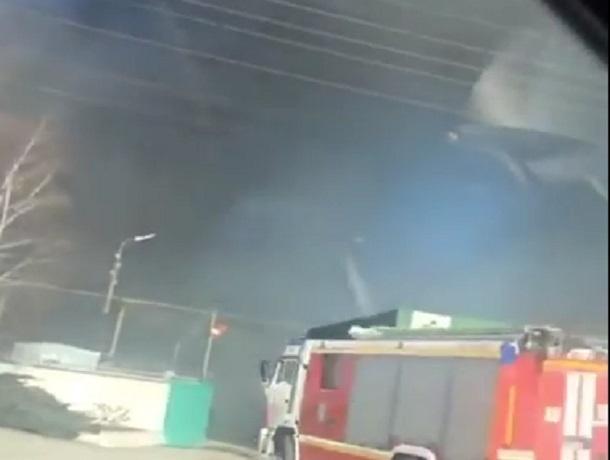 ВПятигорске локализовали пожар натерритории хлебокомбината