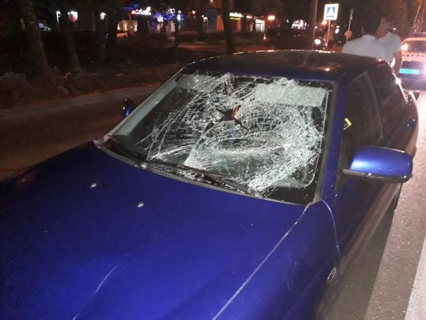 Нефтекумский водитель на тонированной машине наехал на пешехода в Ставрополе