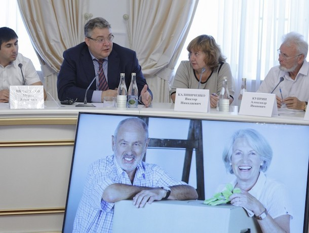 Почти два десятка непарламентских партий поддержали ставропольского губернатора