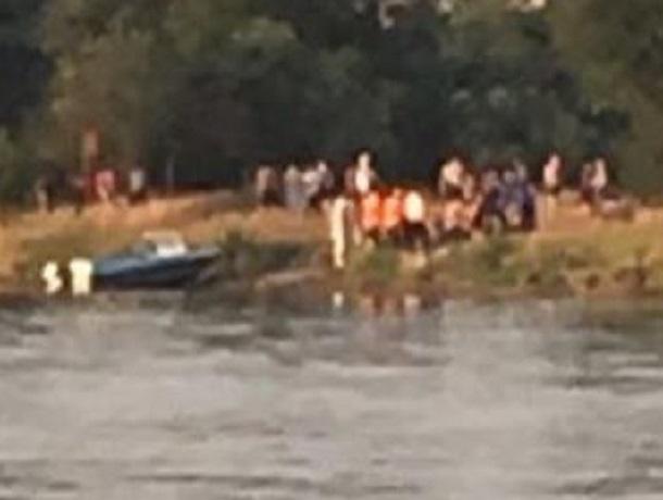 Маленький мальчик утонул на озере в Пятигорске, - очевидцы