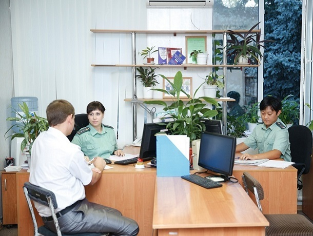 Почти миллион рублей задолжал фермер своим работникам на Ставрополье