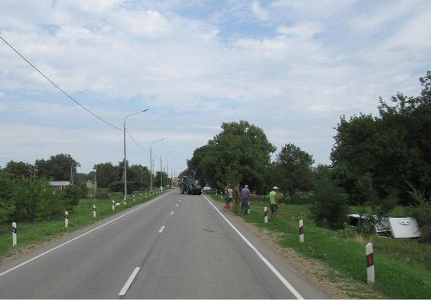 На Ставрополье 10-летний мальчик пострадал в ДТП с трактором