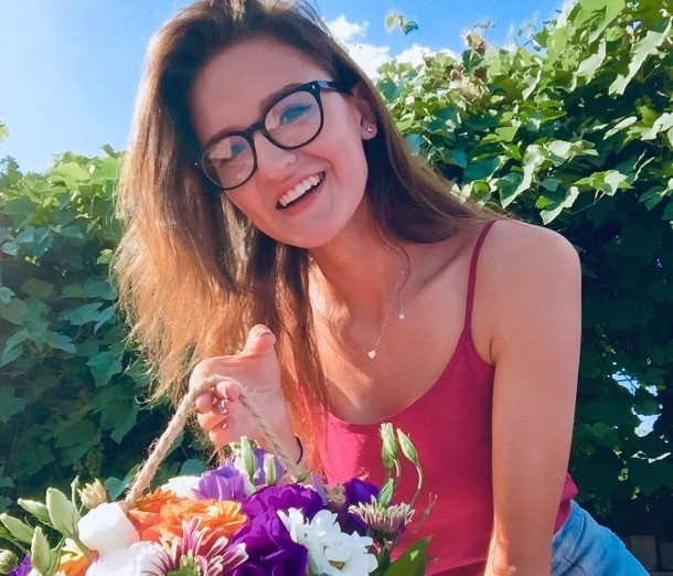 Счастливая Дарья в конкурсе «Самая очаровательная улыбка»