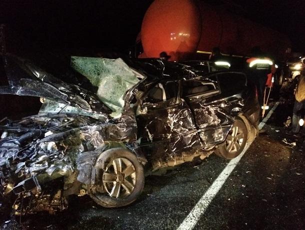29-летняя девушка погибла в страшном столкновении с грузовиком на Ставрополье