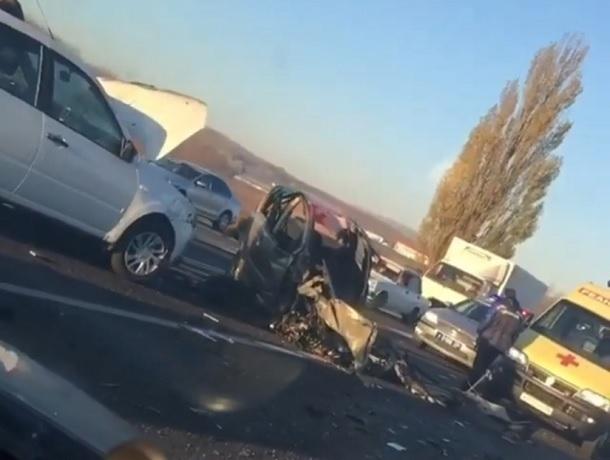 Последствия страшной аварии в Ставрополе попали на видео