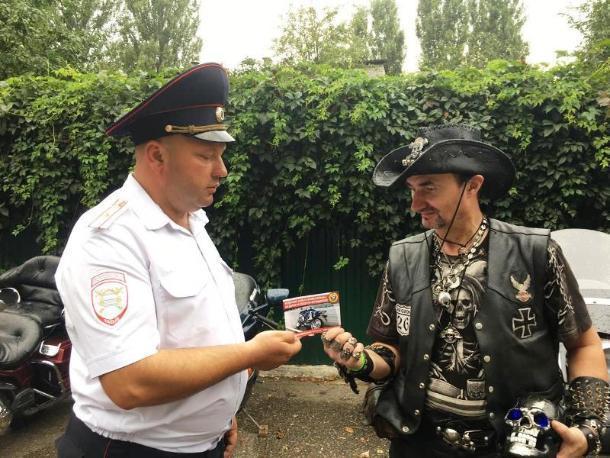 Мотоциклисты на всероссийский фестивале призвали водителей Ставрополья к культурному вождению