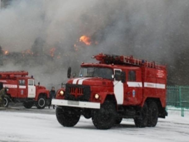 Накирпичном заводе вЗеленокумске произошел пожар