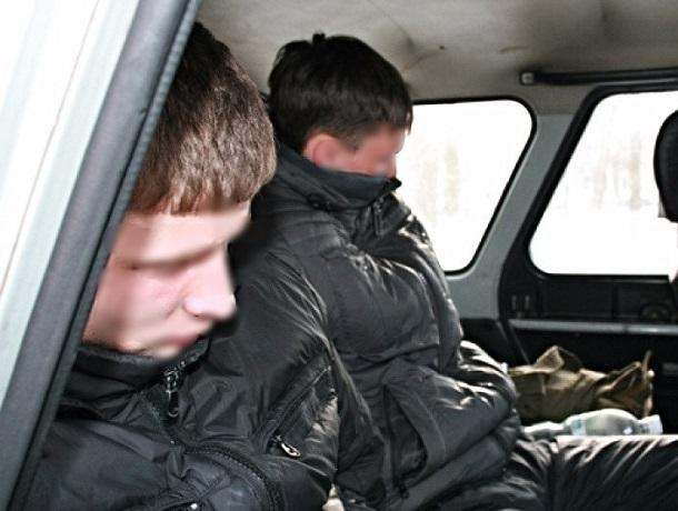 Двое 17-летних подростков ограбили мужчину в Невинномысске