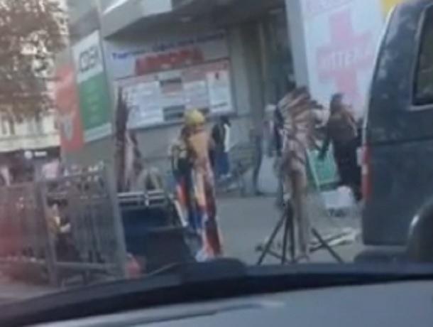 «Вот и до нас добрались»: ставропольцы обсуждают выступавших на улицах индейцев