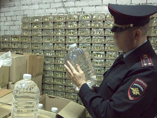 Продавший уничтоженный по документам алкоголь экс-начальник районного отдела ГИБДД отправится в колонию-поселение на Ставрополье