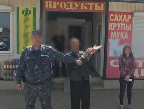 Продукты и бутылка вина помогли сыщикам поймать убийцу на Ставрополье