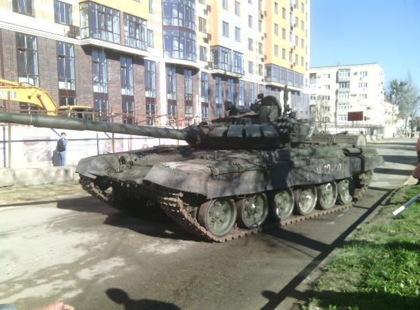 Военная техника вСтаврополе готовится кпараду Победы