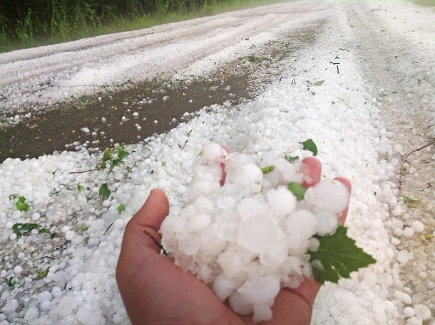 Экстренное предупреждение о сильном ливне с градом объявили на Ставрополье
